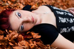 Autumn Snow White by ScorpionEntity