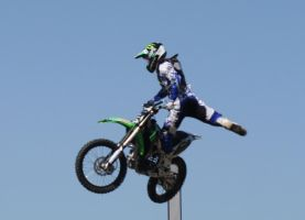 Motocross Stunts a1 by Araluen-Ekala