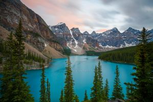 Moraine Lake after sunset by JohnyG