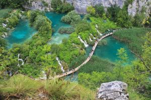 Plitvice Lakes Walkway by cwaddell