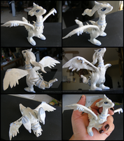 Reshiram Figurine by HiddenWolfSoulKimi