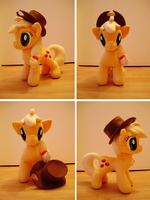 Applejack - Now with hat! by thetypeofpony