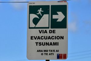 Tsunami warning - Easter Island by wildplaces