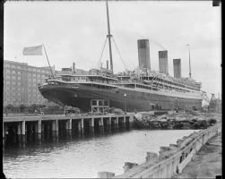 RMS Majestic in port by 121199