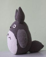 My Neighbour Totoro by ilwian