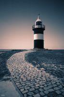 Lighthouse by Regadenzia