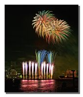 Fireworks in Tokyo bay by navianthony