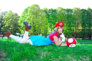 Super Mario Girl by CatiaLuna