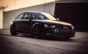 (Audi) S4 by axds