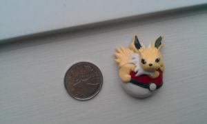 Jolteon Pendant by VikingVal