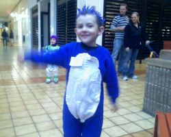 Sonic the Hedgehog costume by sgoheen06