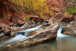 Fall in the Narrows by madrush08