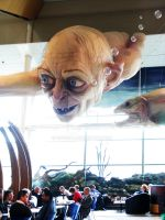 [TH] Gollum at Welly Airport II by noei1984
