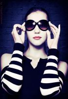 black glasses by Elipa