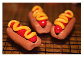 Clay Hotdogs with Mustard by bettenoir87