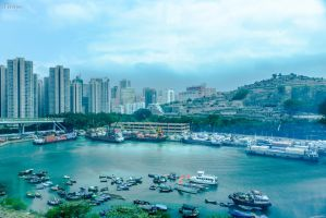 HK harbour by Rikitza