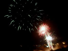 Fireworks at Kings 2 by RubyReminiscence