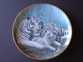 White tigers plate by DejavuEstudios09
