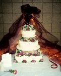 Petunia wedding cake by peaceocake