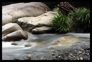 Never Never Creek Boulders by LynTaylor