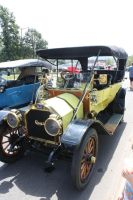 Antique Car by lighthousegraphics