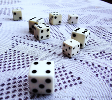 Dice Game by Zukimime