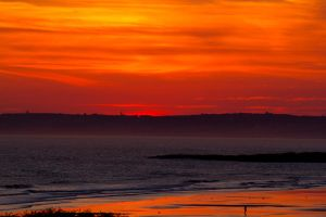 Porthcawl Sunset by LASlocombe