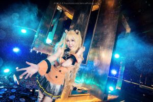 Vocaloid: SeeU by Jencus