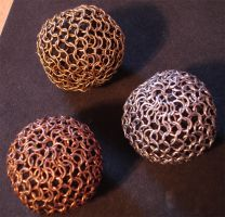Chainmaille Juggling Balls by Kithplana