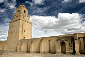 Mosque in Kairouan. by wojtar