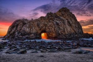 Hole in the wall by tt83x