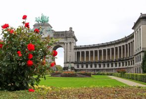 Arcade du cinquantenaire and Red Roses by Rea-the-squirrel