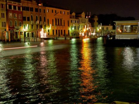only one pic taken in venice by Knotman90