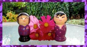 Kokeshi: Fioletto couple by broom-rider