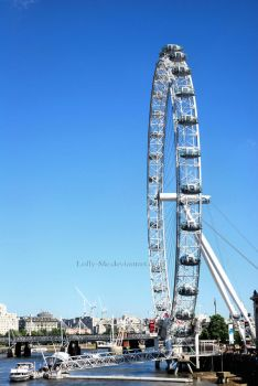 London by Lolly-Me