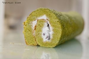 Matcha redbean cake roll 1 by patchow
