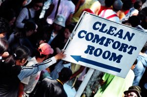 Clean Comfort Room by doncarlo