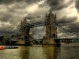 Tower Bridge HDR by wreck-photography