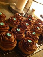 Chocolate Peanut-Butter Banana Cupcakes :) by serendipitysweets