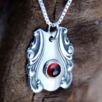 Spoon Pendant with Garnet by metalsmitten