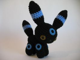 Shiny Umbreon by djonesgirlz
