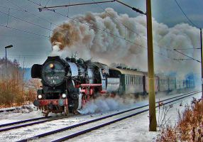 Steam locomotive 528177 - 9 on Christmas trip by MT-Photografien