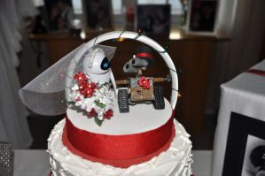 WALL-E AND EVE Cake Topper by kittyanne