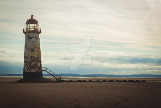 Lighthouse by philiphodgkinsonphot
