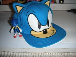 My new sonic Hat XD by PokepictureFigurefun