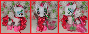 Sparkles Holiday custom pony by Frootsalad