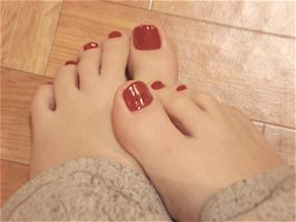 Red Nails by noelja