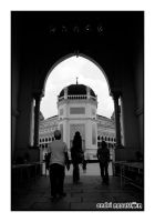 Medan Grand Mosque in BW 2 by andriNASUTION