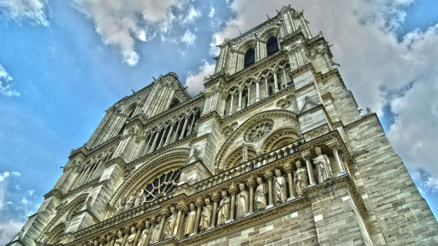 Notre Damme Cathedral by neoturka