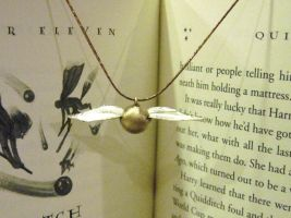 The Golden Snitch by Peaceofshine